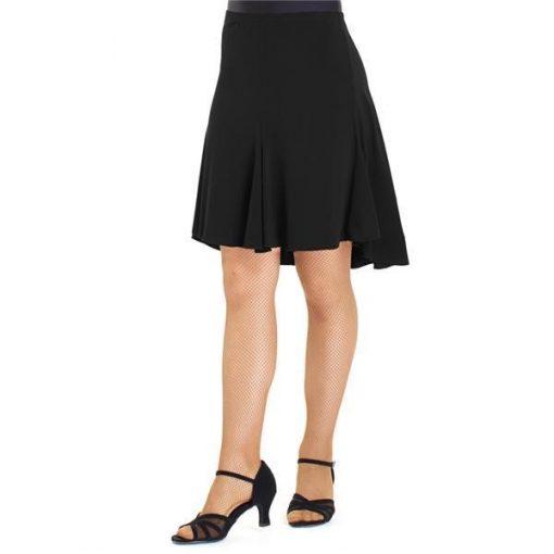 Dansetøj enkel og kort nederdel syet i baner.