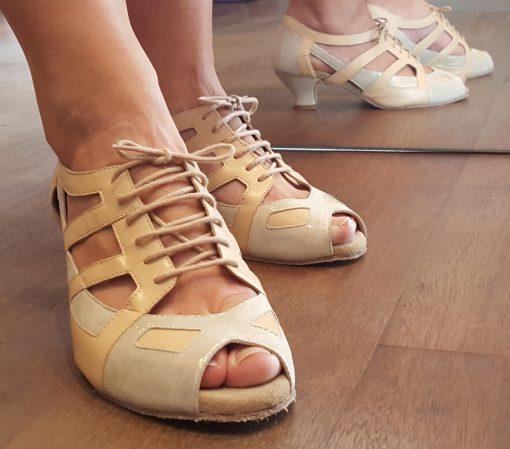 Behagelige brude sko til dit bryllup.
